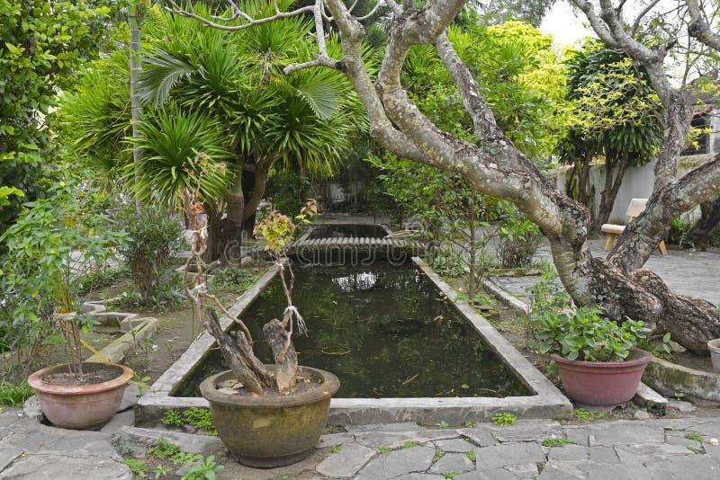 Cantoneseenhet Hall Garden royaltyfri foto