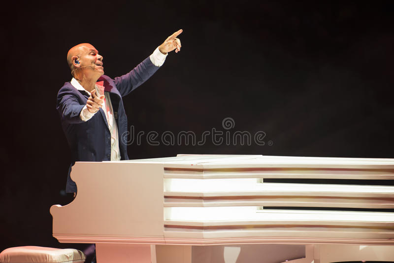 Cantor e compositor de Rami Kleinstein Israeli imagem de stock