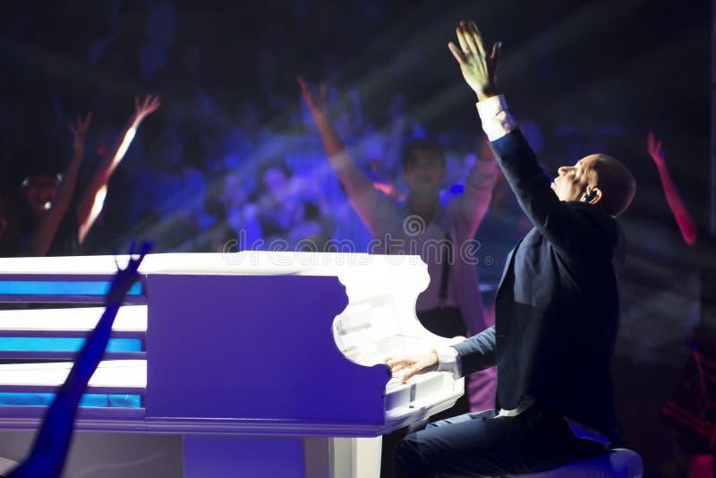 Cantor e compositor de Rami Kleinstein Israeli imagens de stock royalty free