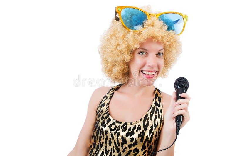 Cantor engraçado   mulher com mic foto de stock
