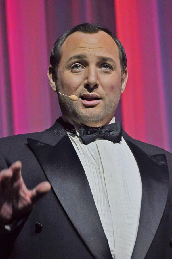 Cantor masculino da ópera na fase imagem de stock royalty free