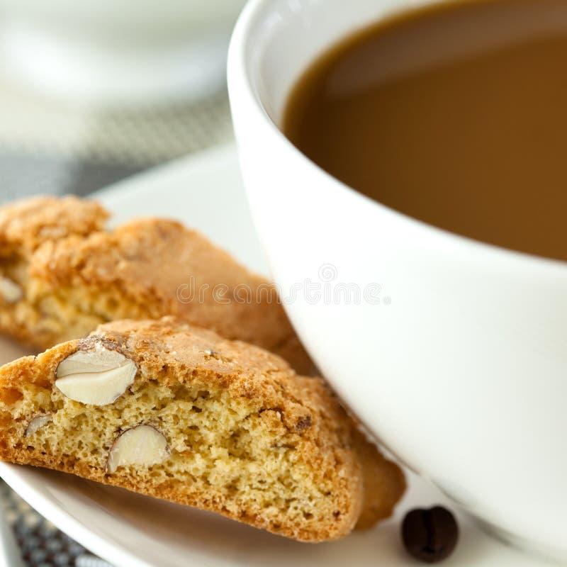 cantuccini咖啡牛奶 库存图片