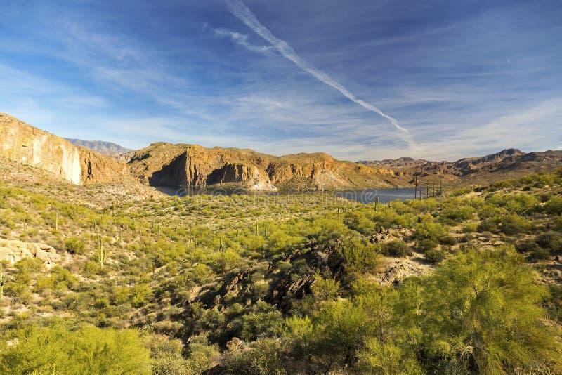 Canyon湖风景风景视图亚帕基足迹亚利桑那美国 免版税图库摄影