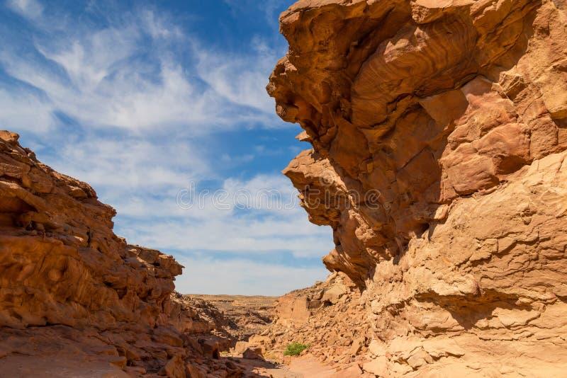Canyon colorato nell'Egitto - destinazione turistica immagine stock libera da diritti