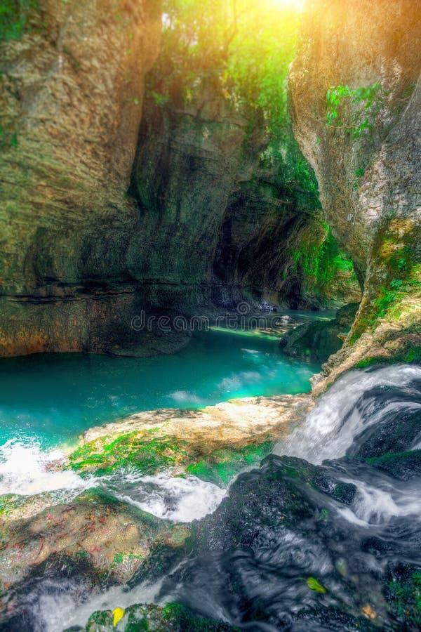 Canyon de Martvili en Géorgie photographie stock libre de droits