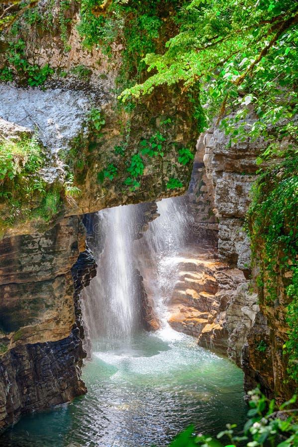Canyon de Martvili en Géorgie images stock