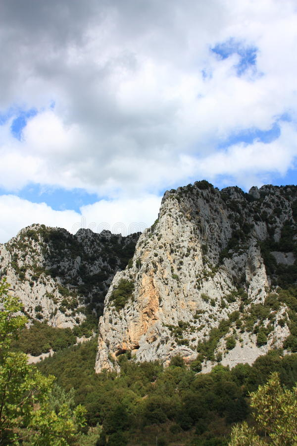 Canyon de Pierre Lys dans Pyrénées, Frances photo libre de droits