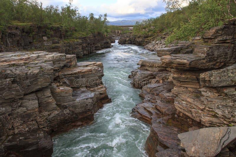 Canyon de rivière d'Abiskojaure photo stock