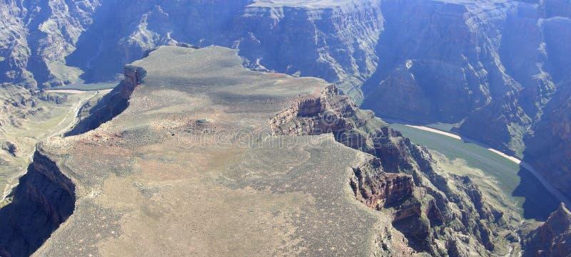 Canyon grand et fleuve Colorado photographie stock libre de droits