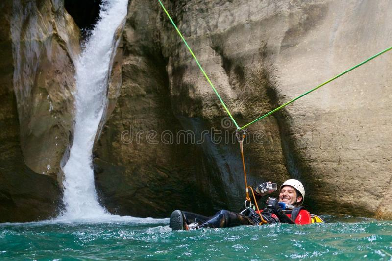 Canyoning in Spanje stock afbeeldingen