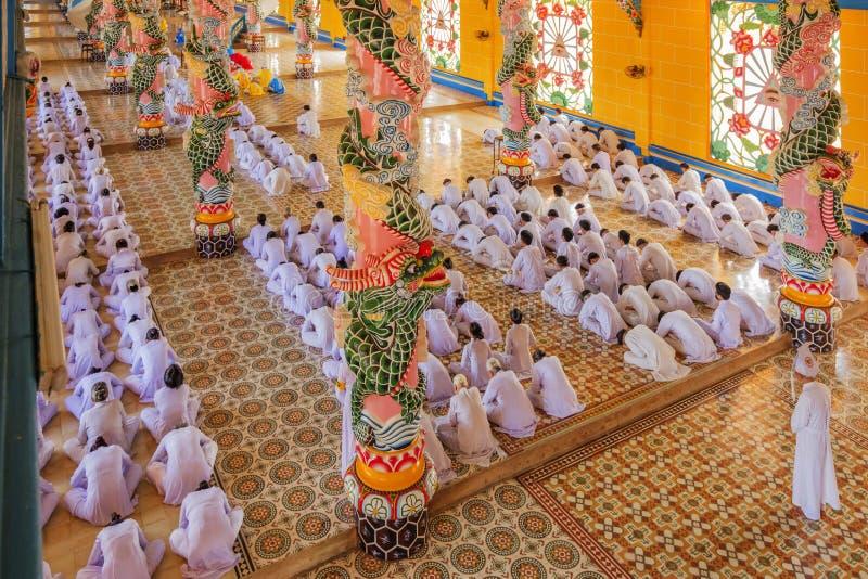 Cao Dai Holy See Temple Tay Ninh landskap, Vietnam royaltyfri bild