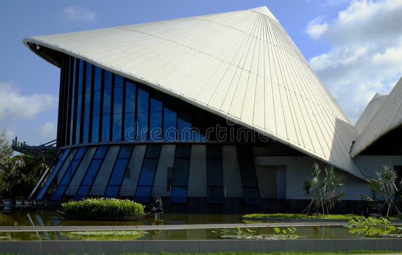 Cao Van Lau-Theater, konisches Hutgebäude stockbild