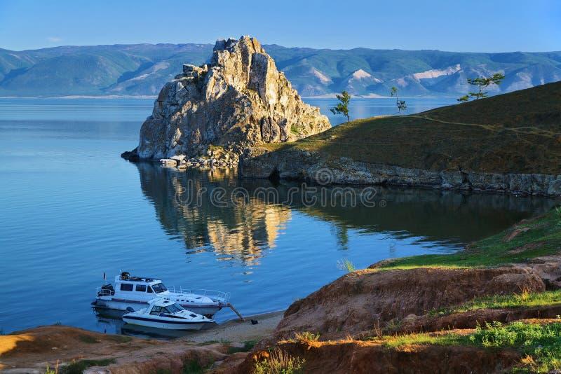 Cap Burhan sur l'île d'Olkhon au lac Baikal image stock