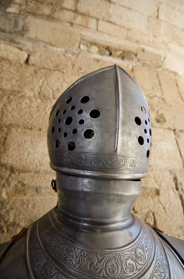 Capacete e armadura medievais imagem de stock royalty free