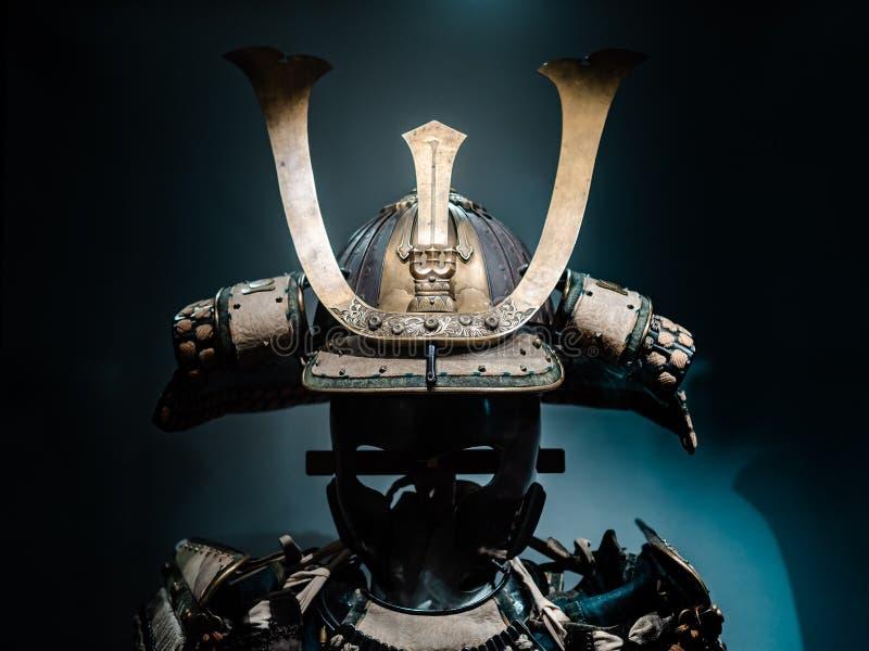Capacete japonês da armadura do guerreiro imagem de stock royalty free