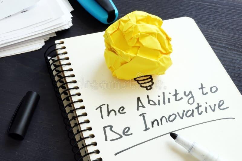 A capacidade para ser inovativo Bola de papel como o símbolo da inovação foto de stock
