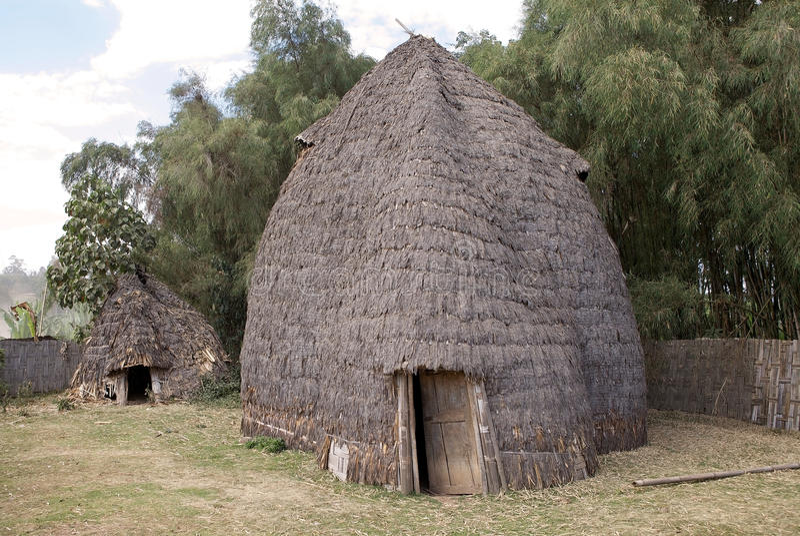 Capanna tribale africana fotografie stock libere da diritti