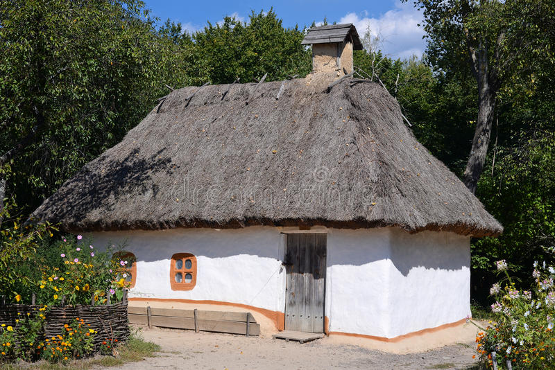 Capanna ucraina tradizionale immagini stock libere da diritti