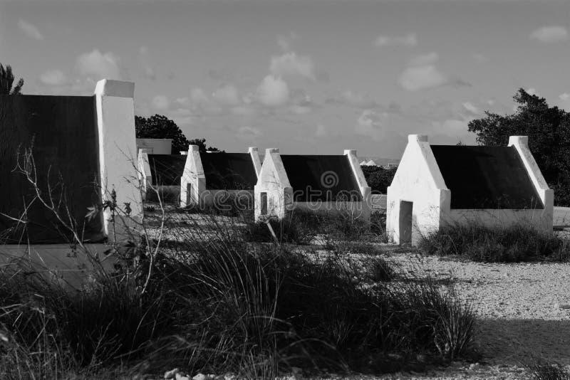 Capanne in bianco e nero fotografia stock libera da diritti