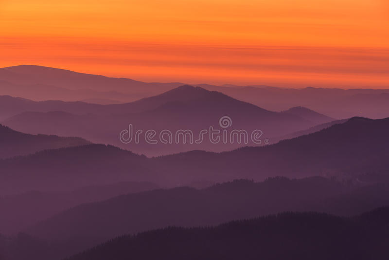 Capas de la montaña imágenes de archivo libres de regalías
