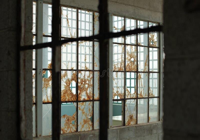 Capas de ventanas viejas fotos de archivo libres de regalías
