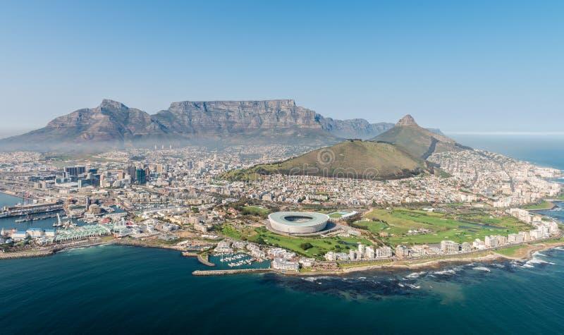 Cape Town, il Sudafrica & x28; view& aereo x29; immagine stock