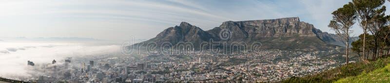 Cape Town tidigt på morgonen arkivfoto