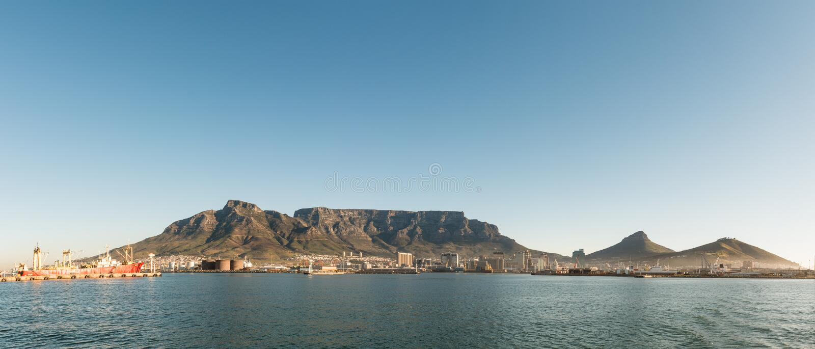Cape Town & x28;view from the seaside& x29; royalty free stock photography