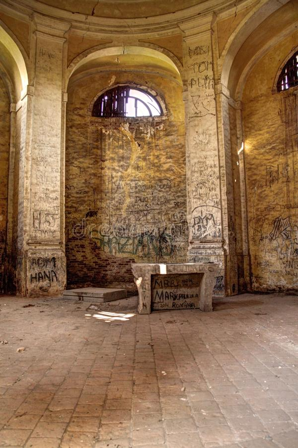 Capela abandonada imagem de stock