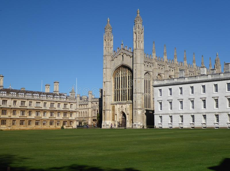 Capela da faculdade do ` s do rei, Cambridge, Reino Unido, visto das partes traseiras imagem de stock