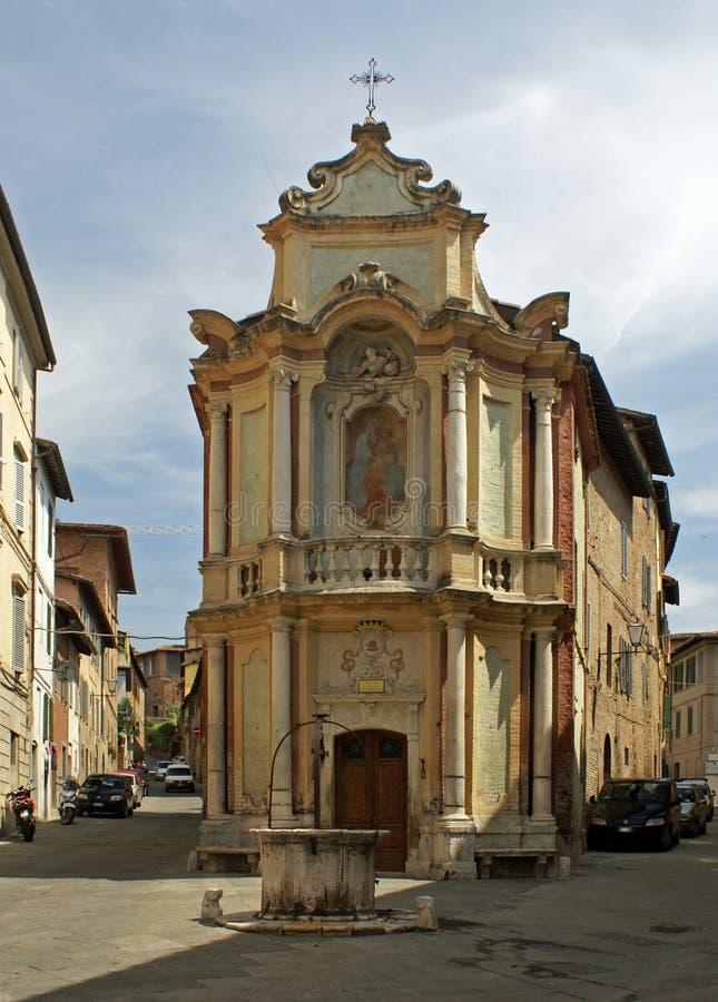 Capela do della Rosario de Madonna em Siena imagem de stock royalty free