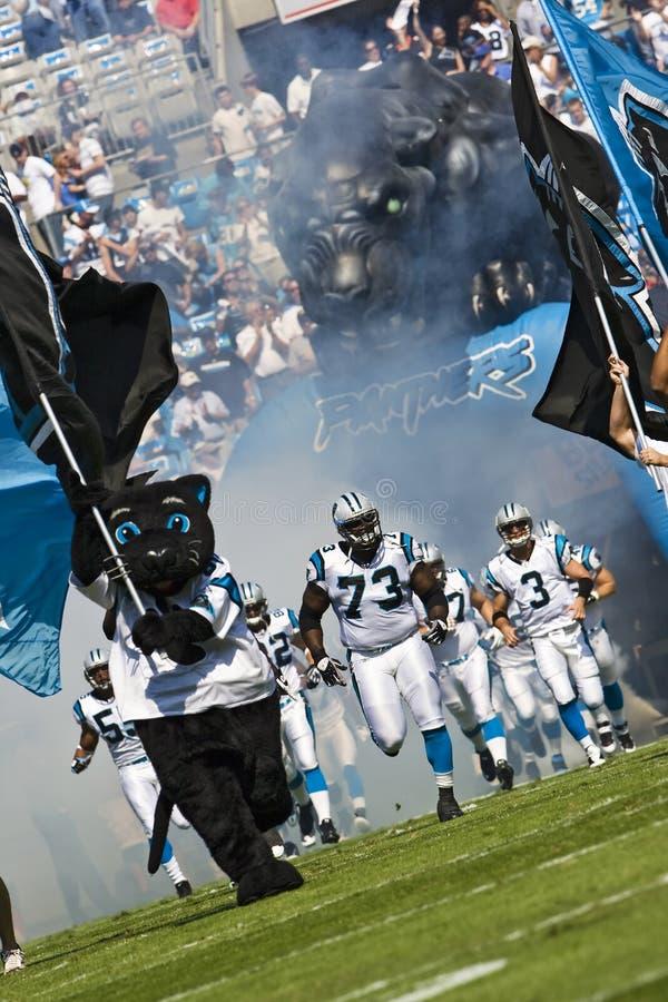 Capi del NFL Kansas City contro le pantere della Carolina immagini stock
