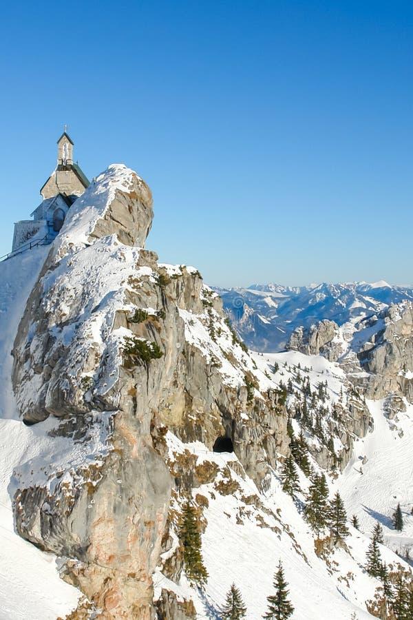 Capilla alpina y panorama III fotografía de archivo libre de regalías