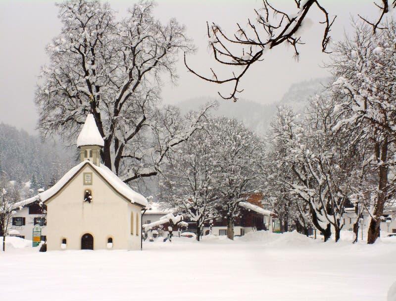 Capilla austríaca en invierno fotos de archivo libres de regalías