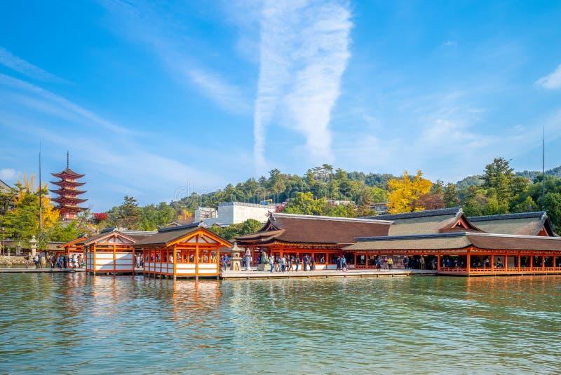 Capilla de Itsukushima en la isla de Miyajima, Hiroshima, Japón foto de archivo libre de regalías