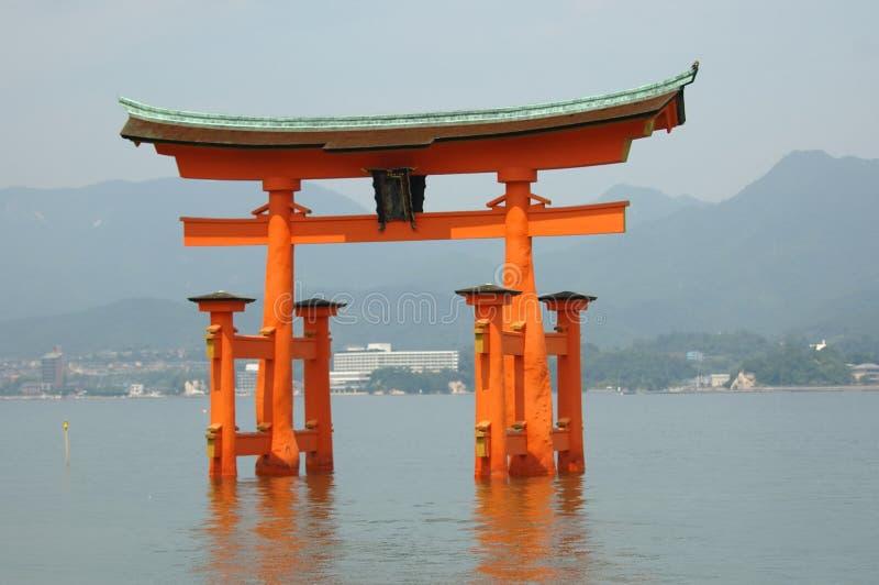 Capilla de Miyajima imagenes de archivo