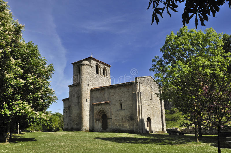 Capilla de nuestra señora del valle, Monasterio de Rodilla, La Bure fotos de archivo libres de regalías