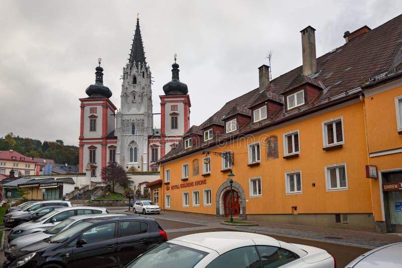 Capilla de nuestra señora en la ciudad Mariazell, sitio del peregrinaje para los católicos austria foto de archivo
