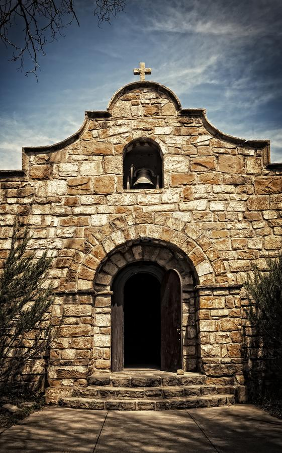 Capilla de piedra vieja en New México imagen de archivo
