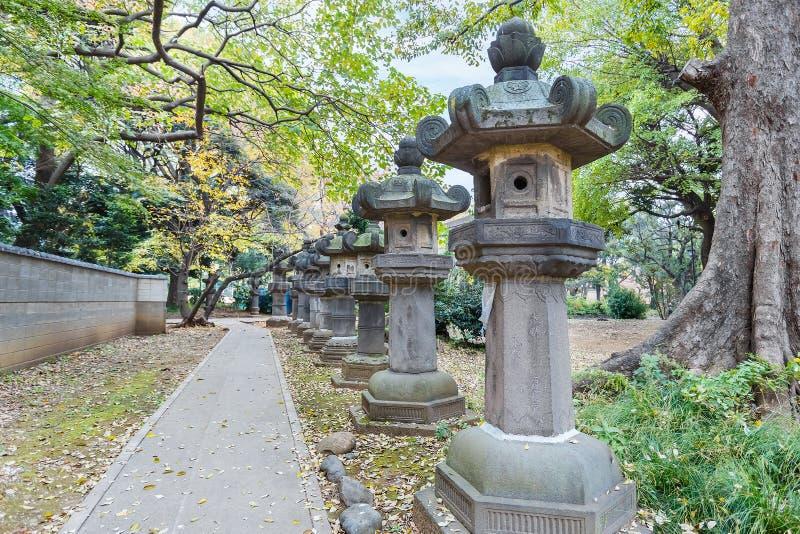 Capilla de Toshogu en el parque de Ueno en Tokio imagenes de archivo