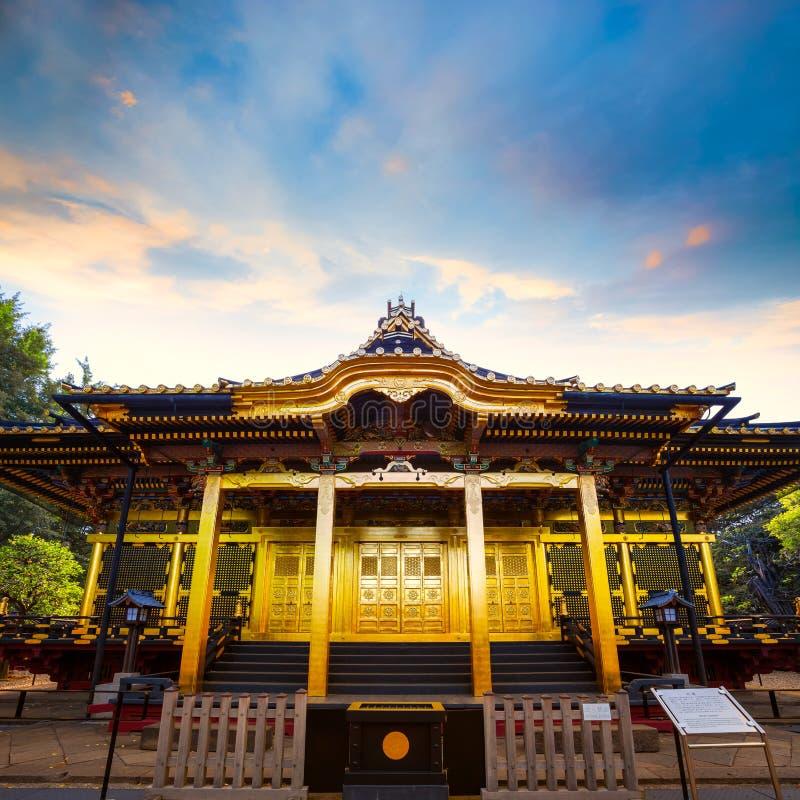 Capilla de Ueno Toshogu en el parque de Ueno, Tokio, Japón fotos de archivo