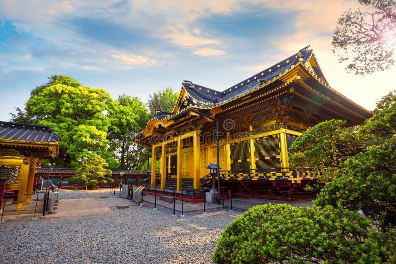 Capilla de Ueno Toshogu en el parque de Ueno, Tokio, Japón foto de archivo