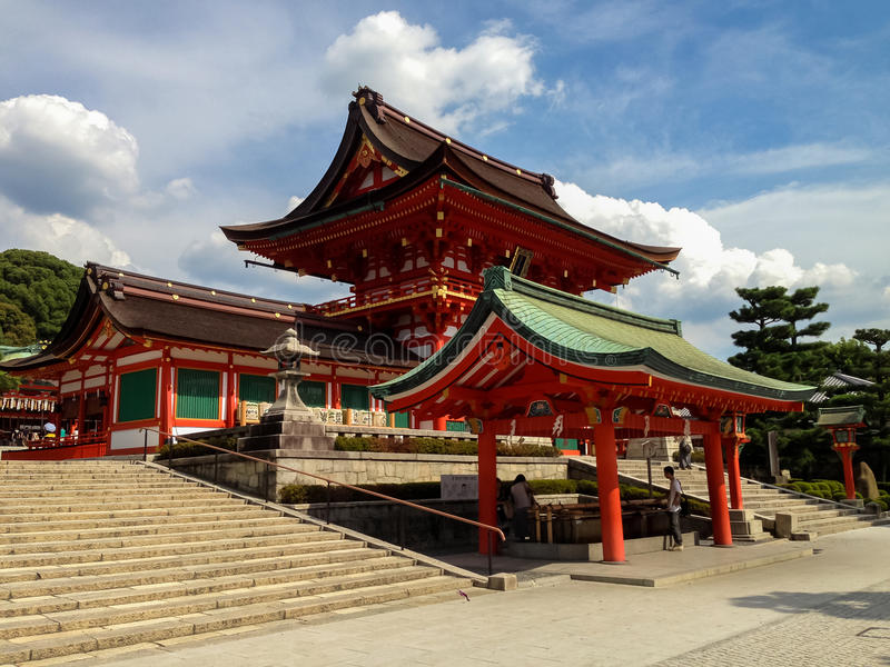 Capilla del taisha de Fushimi Inari en Kyoto, Japón imagen de archivo libre de regalías