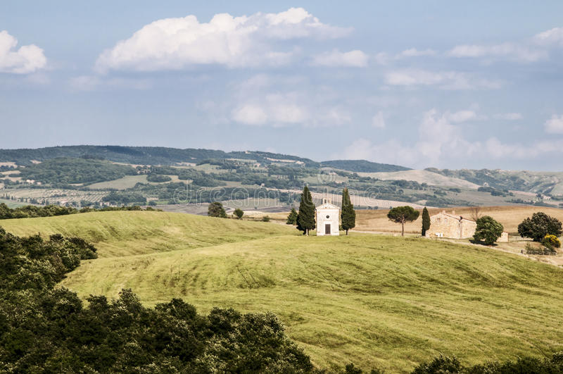 Download Capilla En El Campo Toscano Imagen de archivo - Imagen de paisaje, europa: 42446553
