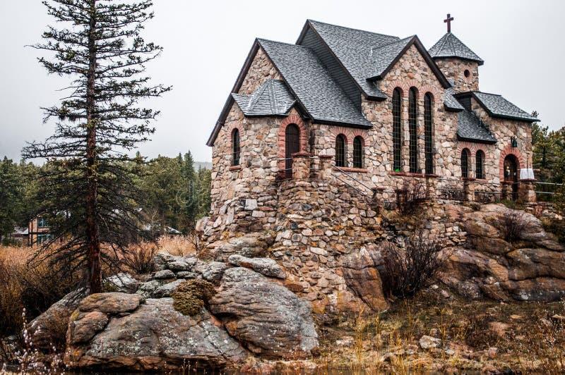 Capilla en la piedra Chruch - Estes Park de la roca imagenes de archivo