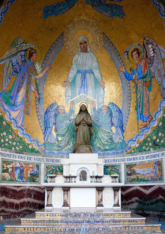 Capilla en Lourdes imagen de archivo