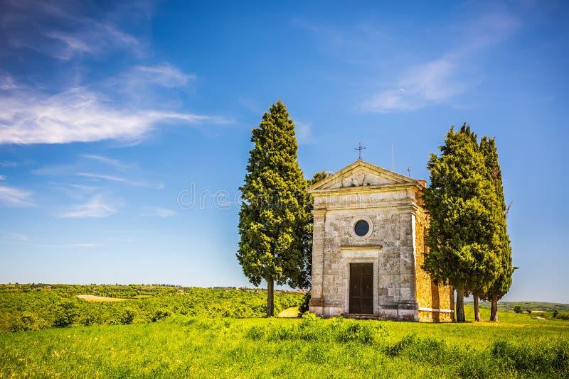 Capilla en Toscana foto de archivo