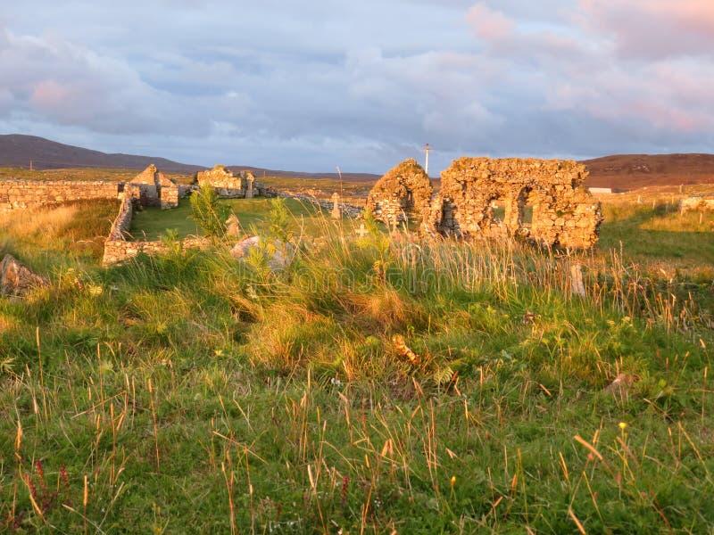 Capillas de Howmore en la puesta del sol fotos de archivo