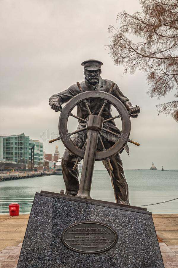 Capitão na estátua de Helm em Navy Pier, vista Chicago Navy Pier Daylight imagem de stock