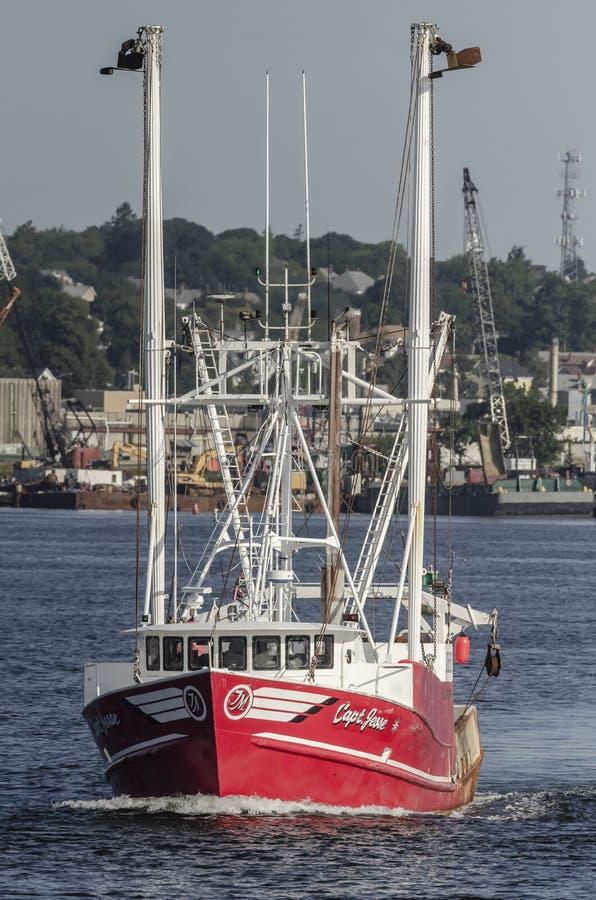 Capit?n del barco de la pesca profesional Jesse que sale de New Bedford imagen de archivo